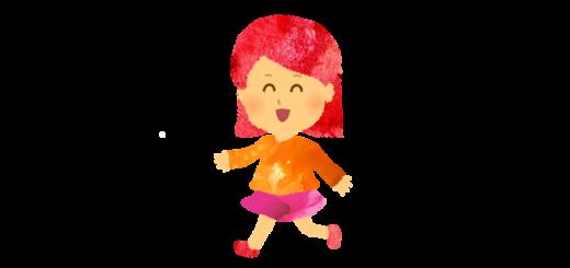 走る小さい女の子のイラスト